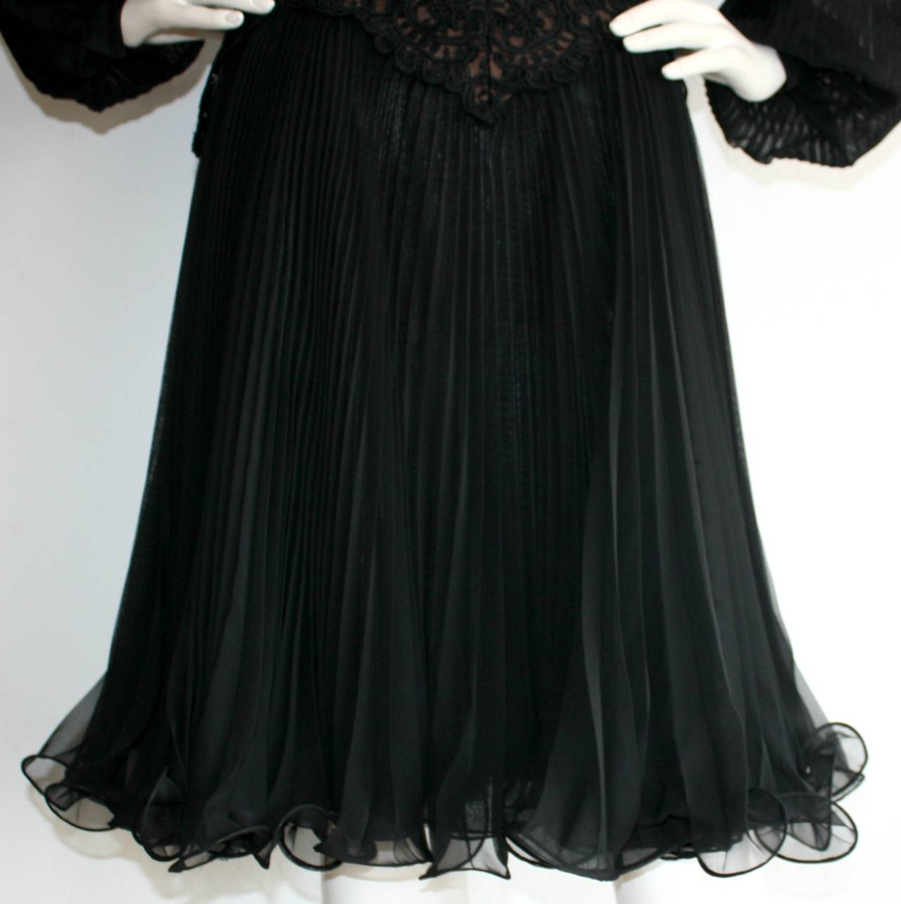 Vintage Travilla Lace Illusion Bodice Silk Chiffon Flowy Black Dress 5