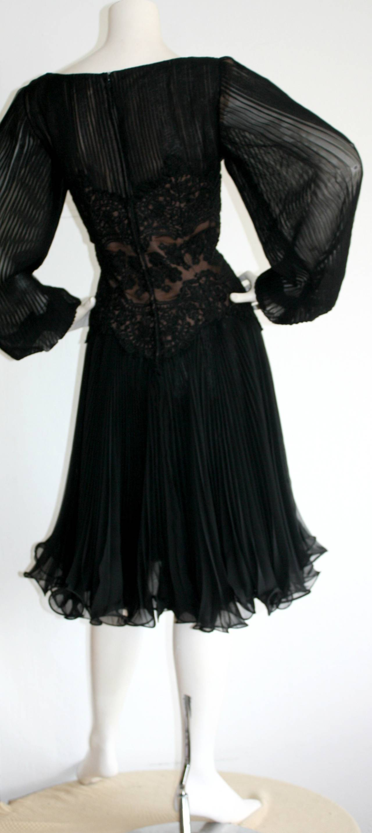 Vintage Travilla Lace Illusion Bodice Silk Chiffon Flowy Black Dress 8