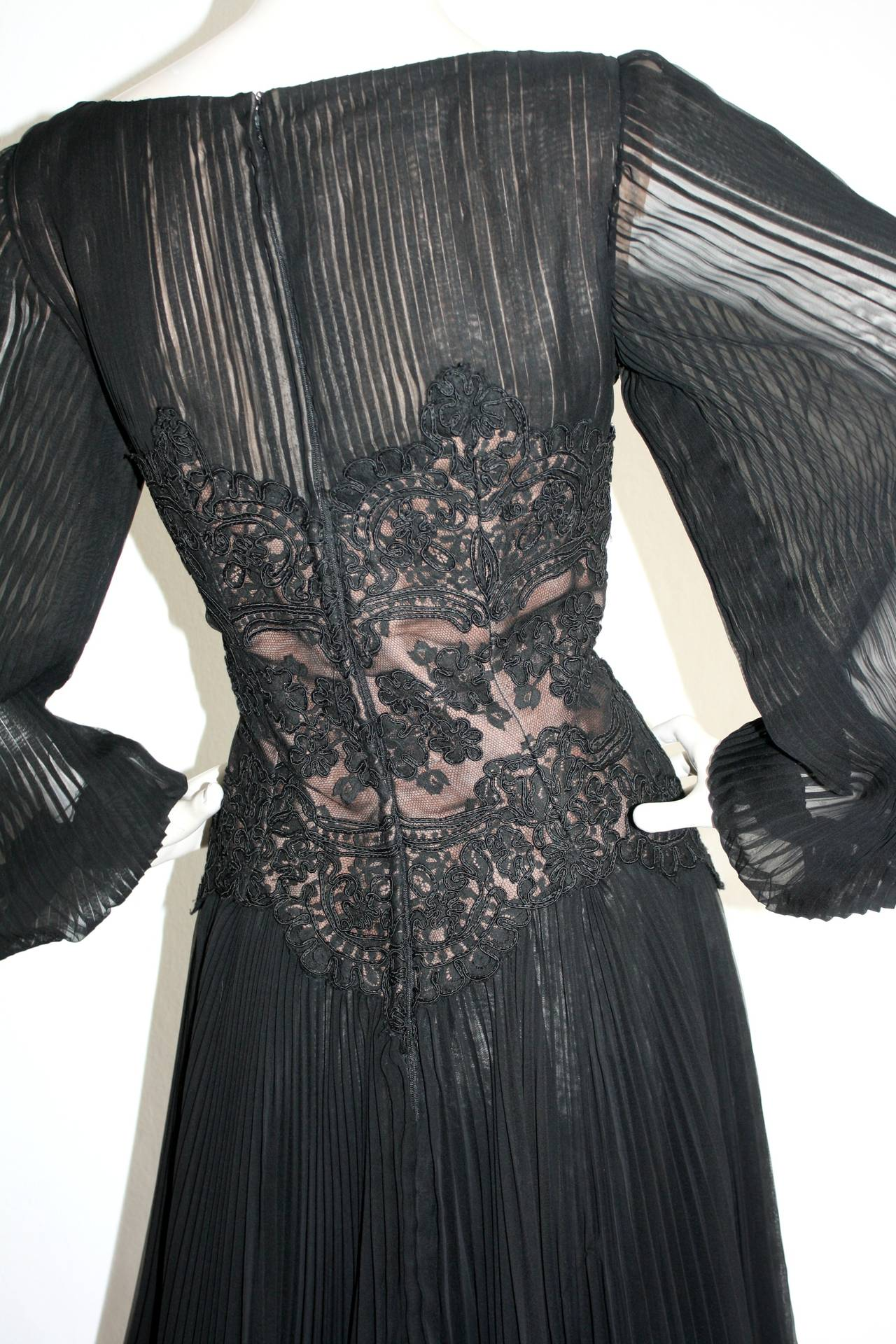 Vintage Travilla Lace Illusion Bodice Silk Chiffon Flowy Black Dress 9