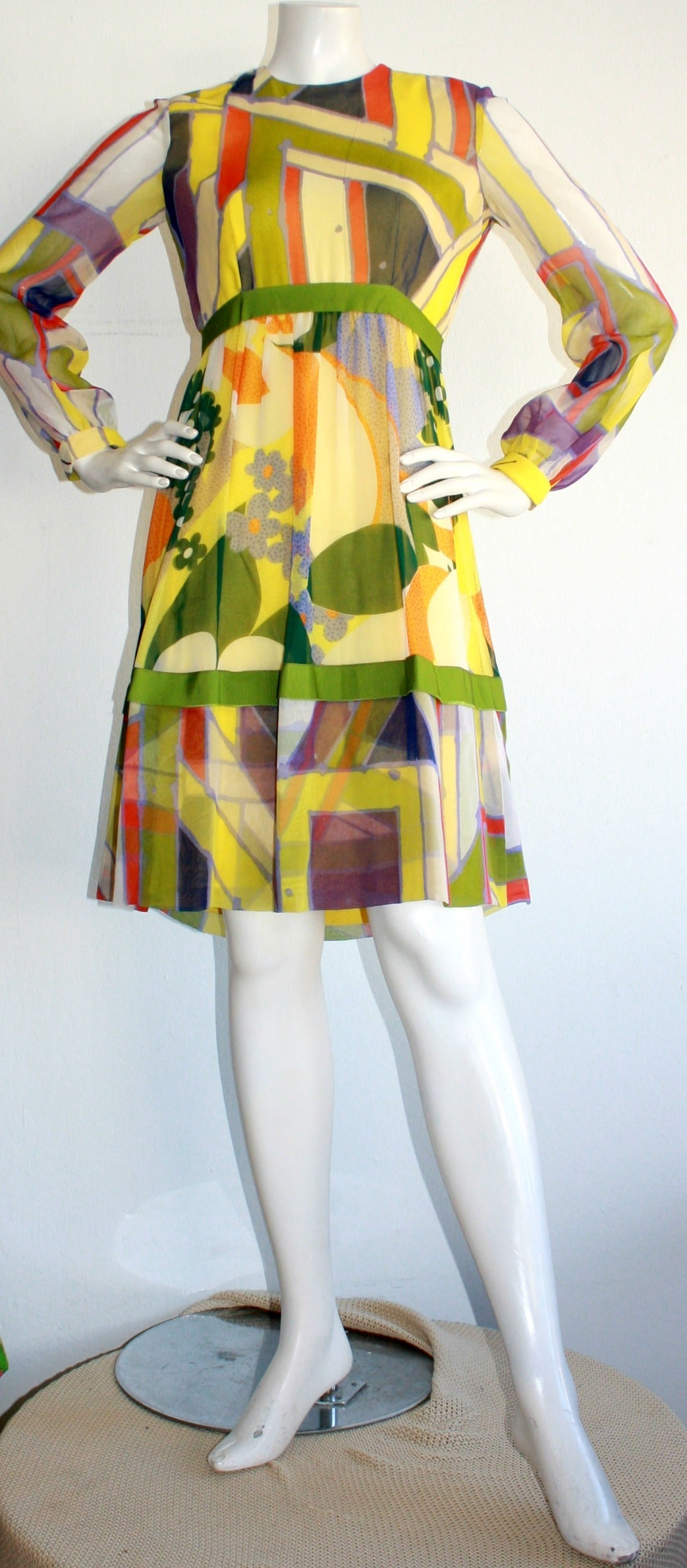 06439bbe5f 1960s Vintage Rodrigues Mod Silk Neiman Marcus
