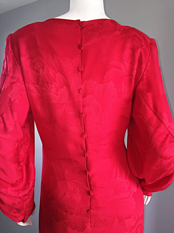 Beautiful Vintage Hanae Mori Lipstick Red Silk Beaded Floral Dress / Gown For Sale 5