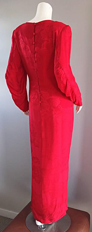 Beautiful Vintage Hanae Mori Lipstick Red Silk Beaded Floral Dress / Gown For Sale 1