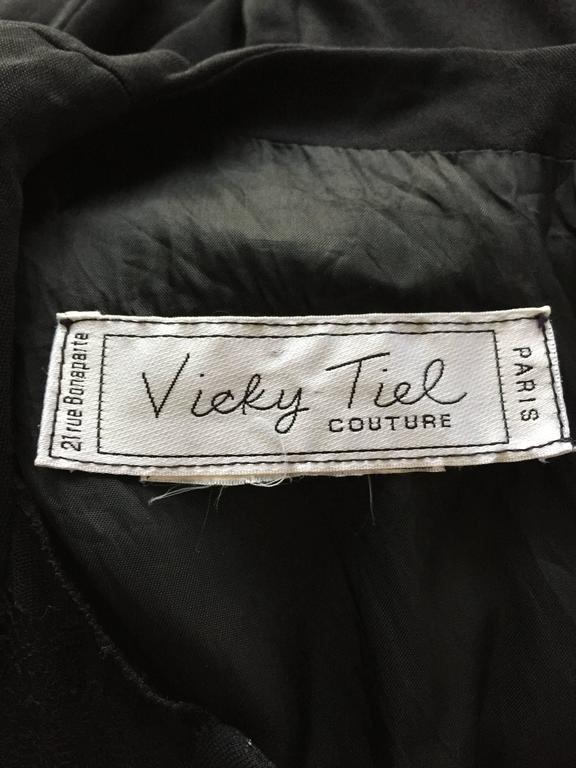 Beautiful Vintage Vicky Tiel Couture Black Jersey Ruched Dress w/ Lace Cut - Out For Sale 6