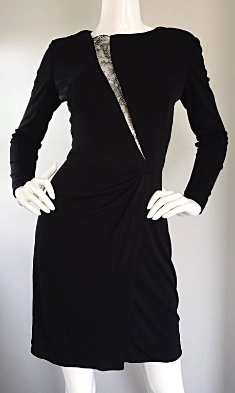 Women's Beautiful Vintage Vicky Tiel Couture Black Jersey Ruched Dress w/ Lace Cut - Out For Sale