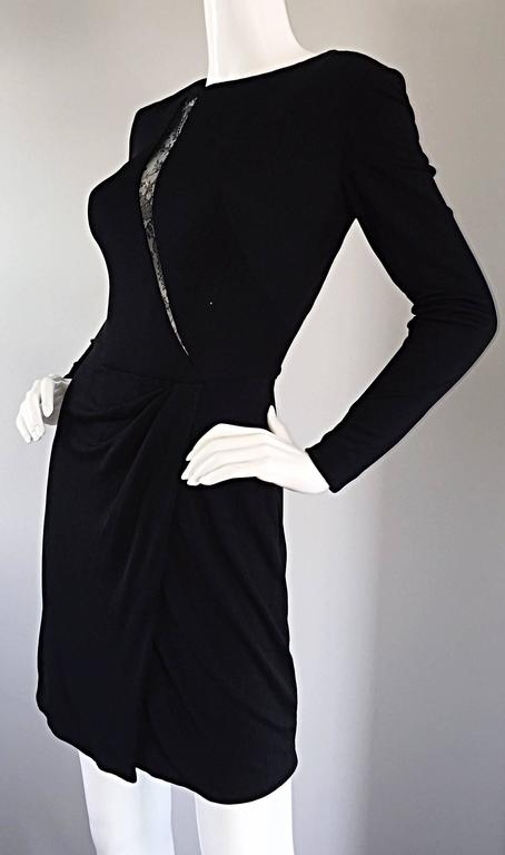 Beautiful Vintage Vicky Tiel Couture Black Jersey Ruched Dress w/ Lace Cut - Out In Excellent Condition For Sale In Chicago, IL