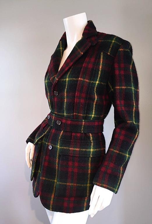 Women's Classic Vintage Ralph Lauren ' Blue Label ' Tartan Plaid Belted Wool Car Coat For Sale