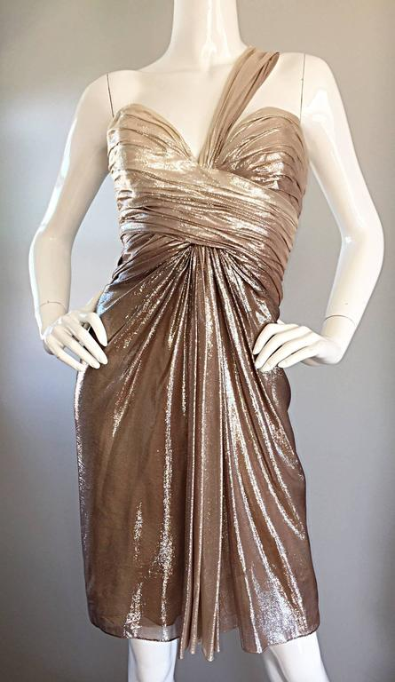 New Pamella Roland Size 6 Gold Ombre Metallic One Shoulder Grecian Silk Dress In Excellent Condition For Sale In Chicago, IL