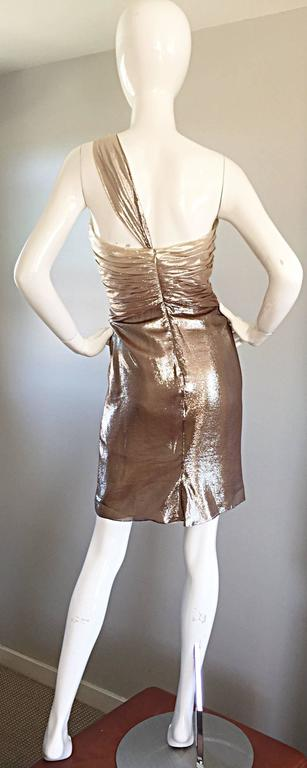 Brown New Pamella Roland Size 6 Gold Ombre Metallic One Shoulder Grecian Silk Dress For Sale