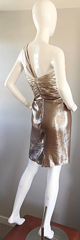 New Pamella Roland Size 6 Gold Ombre Metallic One Shoulder Grecian Silk Dress For Sale 2