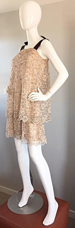 1960s Ann Barry Vintage Chantilly Lace Taupe + Brown A - Line Shift Tiered Dress For Sale 4