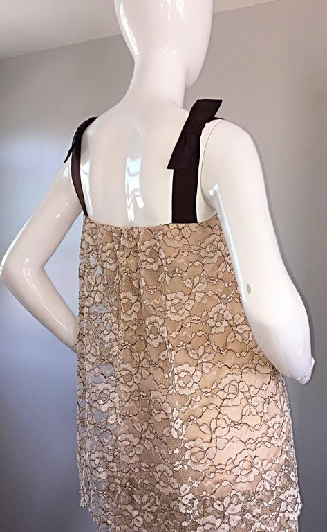 1960s Ann Barry Vintage Chantilly Lace Taupe + Brown A - Line Shift Tiered Dress For Sale 3