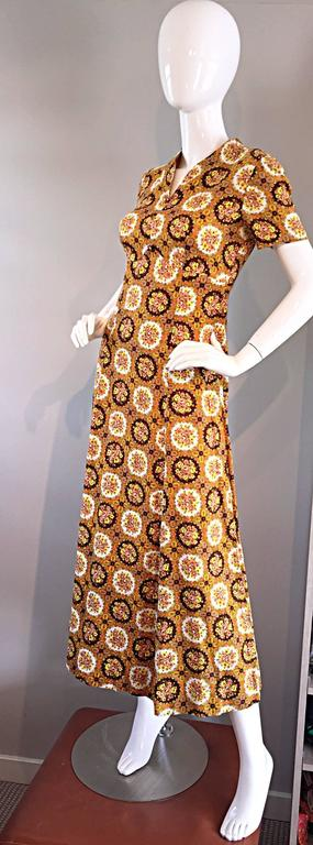 Vintage Joseph Magnin 1970s Boho Cotton Flower 70s Bohemian Ethnic Midi Dress For Sale 2