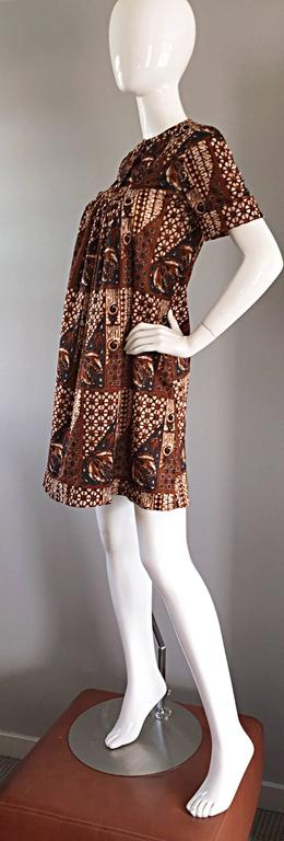 Women's or Men's 1960s Joseph Magnin Vintage Tribal Print Ethnic A - Line Trapeze Babydoll Dress For Sale