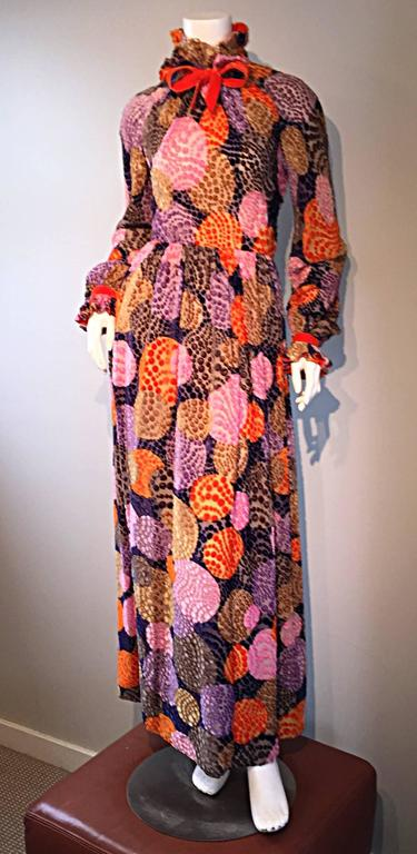 Sensational Vintage Geoffrey Beene 1970s Silk Burnt - Out Velvet 70s Dress For Sale 2