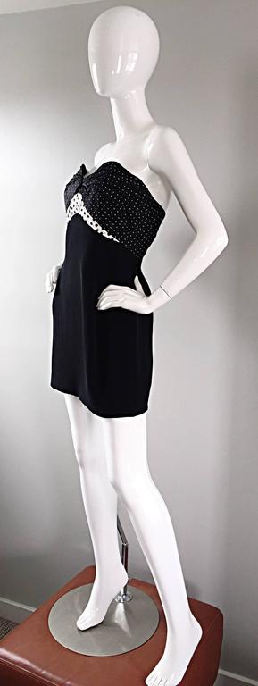 Women's Vintage Geoffrey Beene 1990s Black and White Polka Dot Vintage Strapless Dress  For Sale