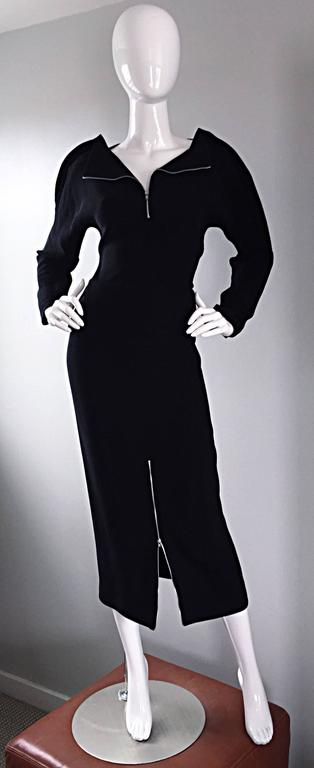 Important Rare Geoffrey Beene Minimalist Zipper Black Dress Set / Top & Skirt In Excellent Condition For Sale In Chicago, IL