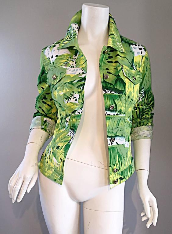 Amazing New ESCADA Green + White ' Palm Trees ' White Denim Jacket  In New never worn Condition For Sale In San Francisco, CA