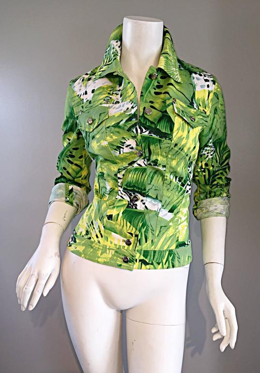 Amazing New ESCADA Green + White ' Palm Trees ' White Denim Jacket  For Sale 5
