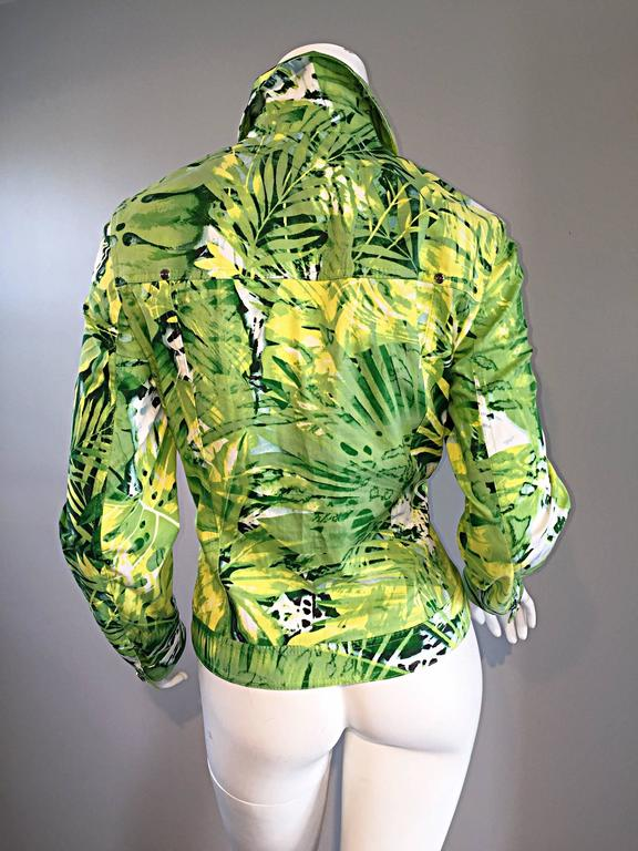 Amazing New ESCADA Green + White ' Palm Trees ' White Denim Jacket  For Sale 3