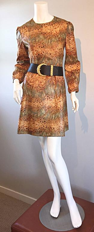 Women's 1960s Alligator + Snake Reptile Print Vintage A - Line 60s Brown Mod Dress For Sale