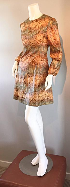1960s Alligator + Snake Reptile Print Vintage A - Line 60s Brown Mod Dress In Excellent Condition For Sale In Chicago, IL