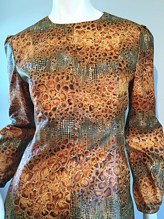 1960s Alligator + Snake Reptile Print Vintage A - Line 60s Brown Mod Dress For Sale 2