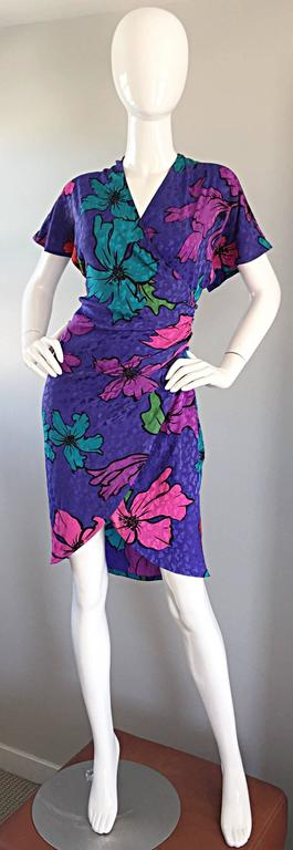 Vintage Flora Kung Purple Silk Colorful Tropical Kimono Style Wrap Dress  For Sale 4