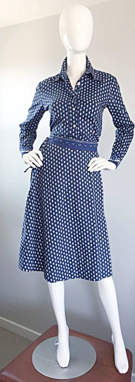 1970s La Provence De Pierre Deux Blue Printed Vintage Wrap Skirt and Blouse Set For Sale 4