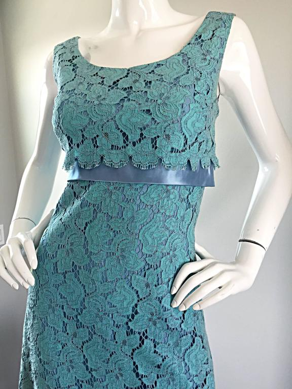Beautiful 1960s Light Blue Silk French Lace A - Line Demi Couture I Magnin Dress In Excellent Condition For Sale In Chicago, IL