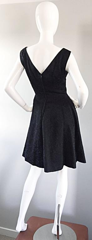 Women's Perfect 1950s Fit & Flare Silk Embroidered 50s Vintage Little Black Dress LBD For Sale