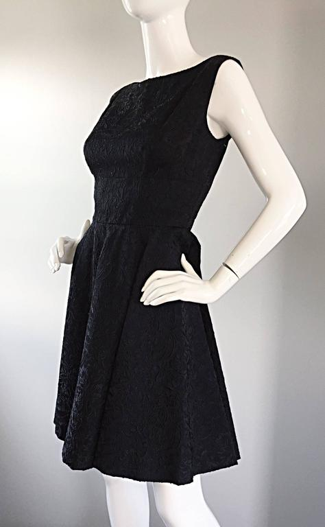 Perfect 1950s Fit & Flare Silk Embroidered 50s Vintage Little Black Dress LBD For Sale 3