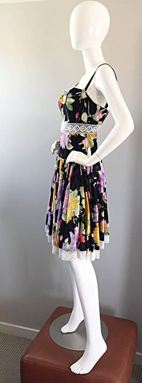 Tracy Feith Black Cotton Floral Print Lace Pretty Sun Dress w/ Full Skirt For Sale 2