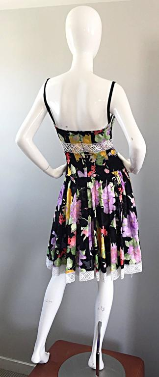 Tracy Feith Black Cotton Floral Print Lace Pretty Sun Dress w/ Full Skirt For Sale 1