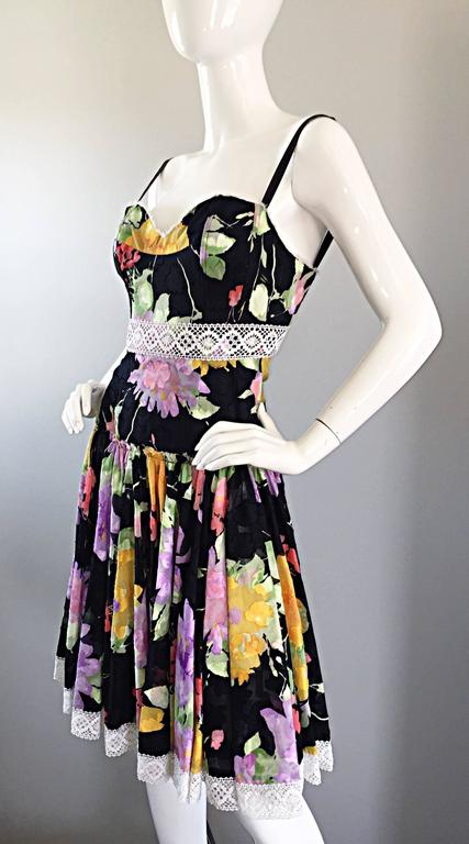 Tracy Feith Black Cotton Floral Print Lace Pretty Sun Dress w/ Full Skirt For Sale 4