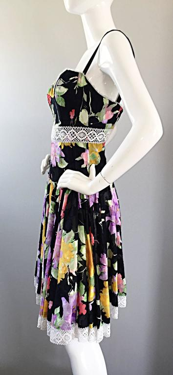 Tracy Feith Black Cotton Floral Print Lace Pretty Sun Dress w/ Full Skirt For Sale 3