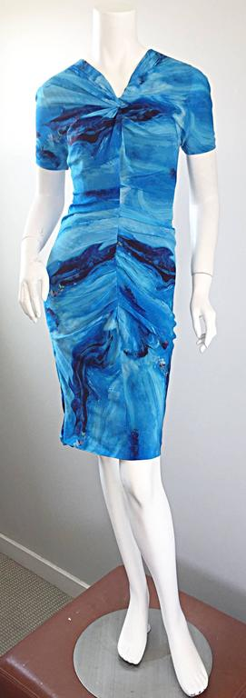Vera Wang Collection 1990s Rare ' Ocean Wave ' Print 100% Silk 90s Ruched Dress 2