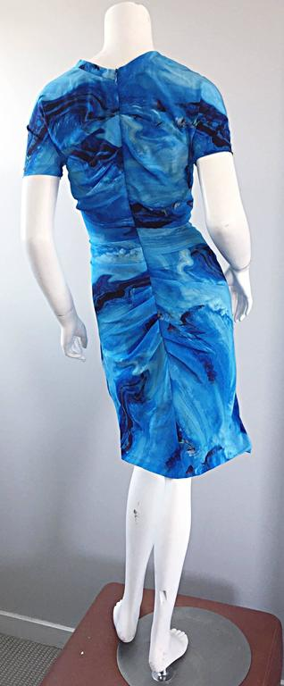 Vera Wang Collection 1990s Rare ' Ocean Wave ' Print 100% Silk 90s Ruched Dress 5