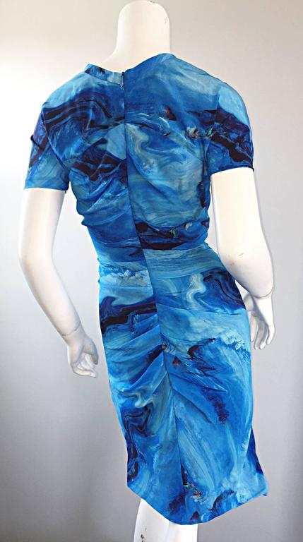 Vera Wang Collection 1990s Rare ' Ocean Wave ' Print 100% Silk 90s Ruched Dress 8