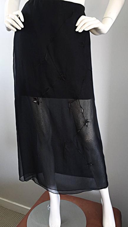 NWT 1990s Alberta Ferretti Saks 5th Ave Black Silk Mini Skirt w/ Chiffon Overlay In New Condition For Sale In Chicago, IL