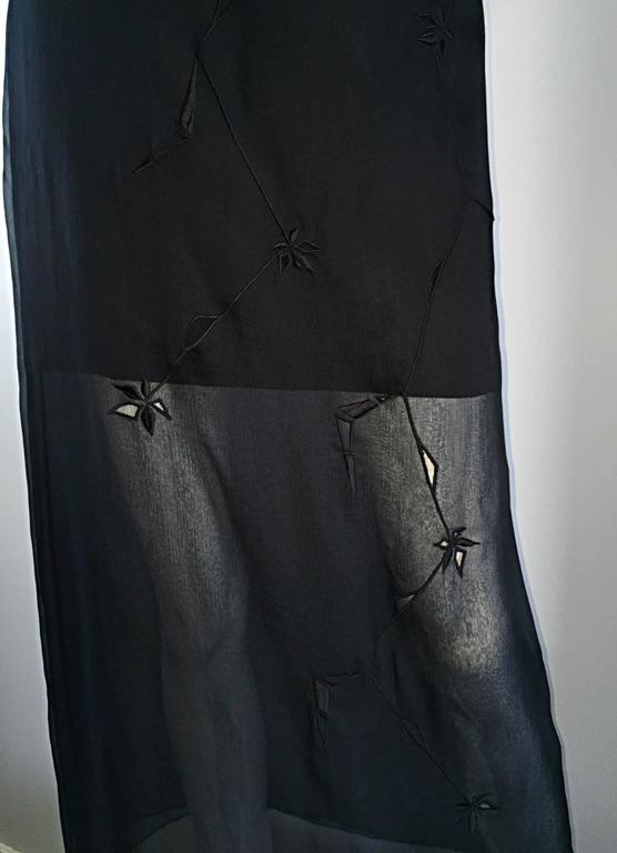 NWT 1990s Alberta Ferretti Saks 5th Ave Black Silk Mini Skirt w/ Chiffon Overlay For Sale 1