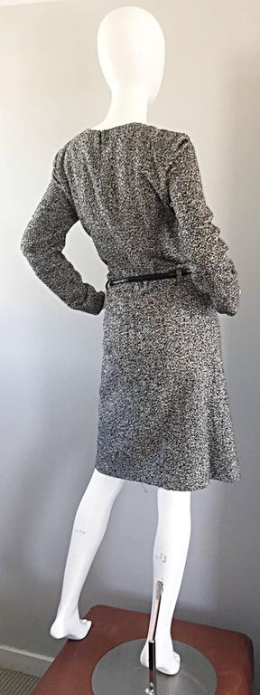 Oscar de la Renta 1990s Size 10 Black and White Tweed Long Sleeve Belted Dress  For Sale 3