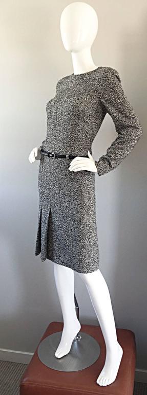 Oscar de la Renta 1990s Size 10 Black and White Tweed Long Sleeve Belted Dress  For Sale 1