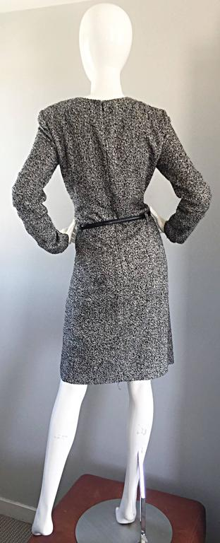 Women's Oscar de la Renta 1990s Size 10 Black and White Tweed Long Sleeve Belted Dress  For Sale