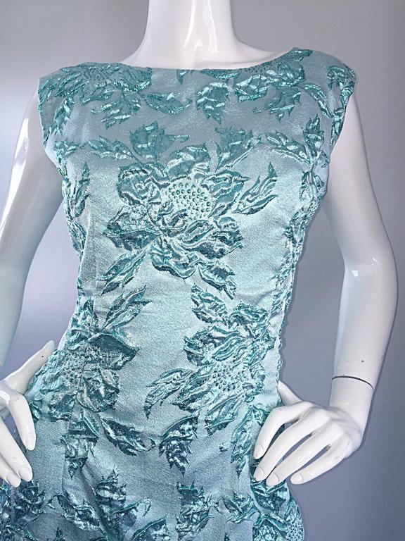 Beautiful 1960s Light Blue Silk Metallic Lurex Teal Embroidered 50s Wiggle Dress In Excellent Condition For Sale In San Francisco, CA