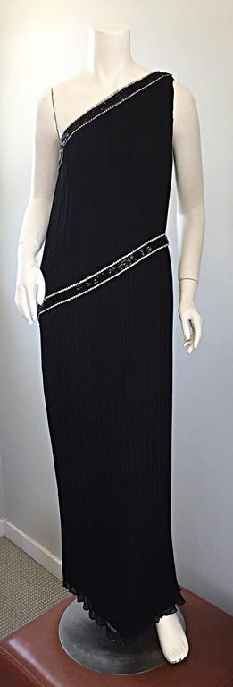Jill Richards for I. Magnin Black Silk Plisse One Shoulder Rhinestone Gown Dress In Excellent Condition For Sale In Chicago, IL