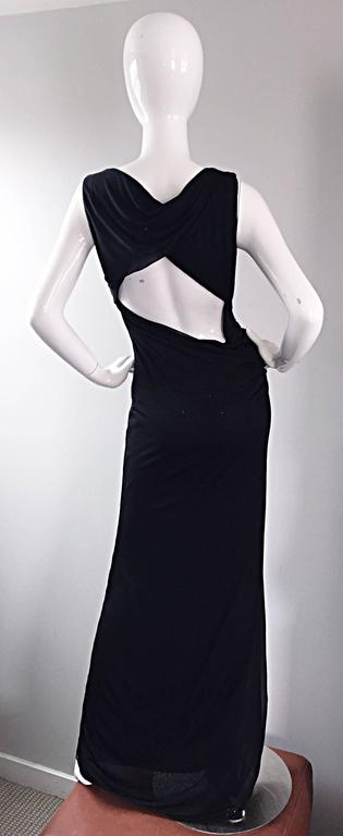 Richard Tyler Couture Vintage Black Jersey Beaded Cut - Out Back Sexy Gown Dress In Excellent Condition For Sale In Chicago, IL
