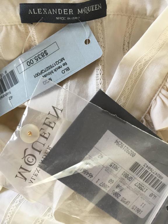 Alexander McQueen NWT Lightweight Cotton Ivory Crochet Pussycat Bow Blouse For Sale 5