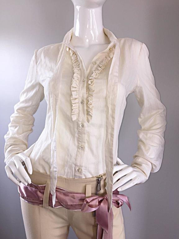 Alexander McQueen NWT Lightweight Cotton Ivory Crochet Pussycat Bow Blouse For Sale 3
