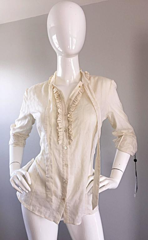 Alexander McQueen NWT Lightweight Cotton Ivory Crochet Pussycat Bow Blouse In New Never_worn Condition For Sale In San Francisco, CA