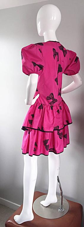 Rare 80s Betsey Johnson Punk Label Hot Pink + Black Bow Print Novelty Dress For Sale 2